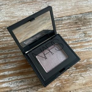 NARS SINGLE EYESHADOW IN VERONA